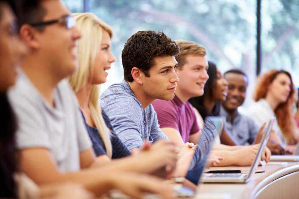 Proceeding with Education Courses for Everyone