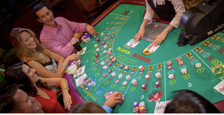 Learn more about the baccarat scoring cards and road maps.