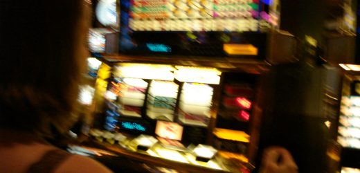 Playing Online Slots For Money – How to Make Money by Playing Online Slots